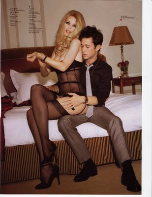 Joseph-Gordon-Levitt-Claudia-Schiffer-GQ-Scans_3